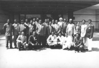 Assemblea dei deputati del PR di Sofia. Foto di gruppo di tutti i congressisti africani con Pannella.  (BN) buona