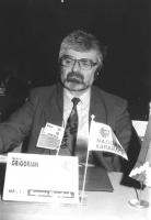 Ritratto di Gamlet Grigorjan (Nagorno Kharabach) deputato. 36° congresso II sessione (BN)