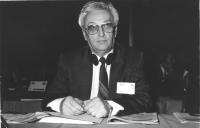 Ritratto di Iosif Alfred Mazalik (Romania) deputato. 36° congresso II sessione (BN)
