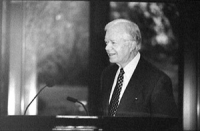 """Jimmy Carter (ex presidente USA) parla al Carter Centre in occasione dell """"International Conference for the Estabilishment of an Criminal Court by the"""