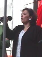 Manifestazione-marcia per la libertà in Kosovo, la democrazia in Serbia e l'incriminazione di Milosevich. Ritratto di Mimoza Kallfa, presidente dell'a