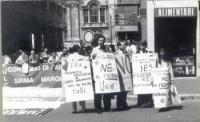 Manifestazione dell'Associazione Radicale Esperantista, presso la Corsia Agonale, davanti al Senato, a sostegno degli Stati Uniti d'Europa. Cartello (