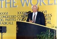Marco Pannella alla tribuna del 36° Congresso del PR.