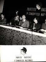 Primo Congresso Nazionale del Partito Radicale. Da sinistra: Mario Leone, Franco Libonati, Sergio Bocca, Leone Cattani, Adolfo Gatti.