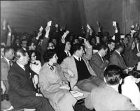 Votazione durante il Primo Congresso Nazionale del PR.