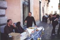 Tavolo di raccolta di firme per la presentazione della lista Bonino, alle elezioni politiche.