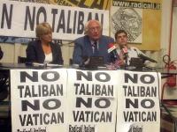 Conferenza stampa di Marco Pannella, circa le ragioni dei radicali contro le ingerenze vaticane nella legislazione degli altri stati, e per il riconos