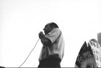 3a marcia antimilitarista Milano-Vicenza. Al microfono: Pietro Pinna.